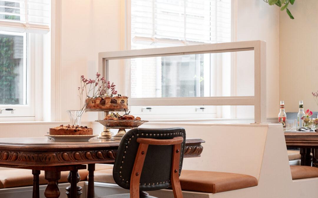 Restaurant op maat gemaakte zitbanken met op maat gemaakte kussens met leer bekleed